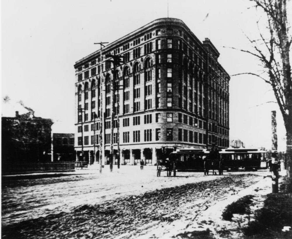 Brown Palace 1900